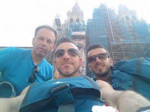 Compostela i tre eroi di Ginestra Nino,Mauro e Enzo