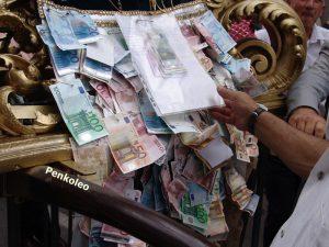 soldi statua Sant Elia